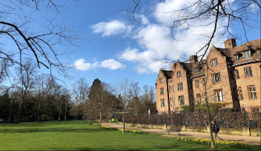 Visiting Fellow University of Cambridge002